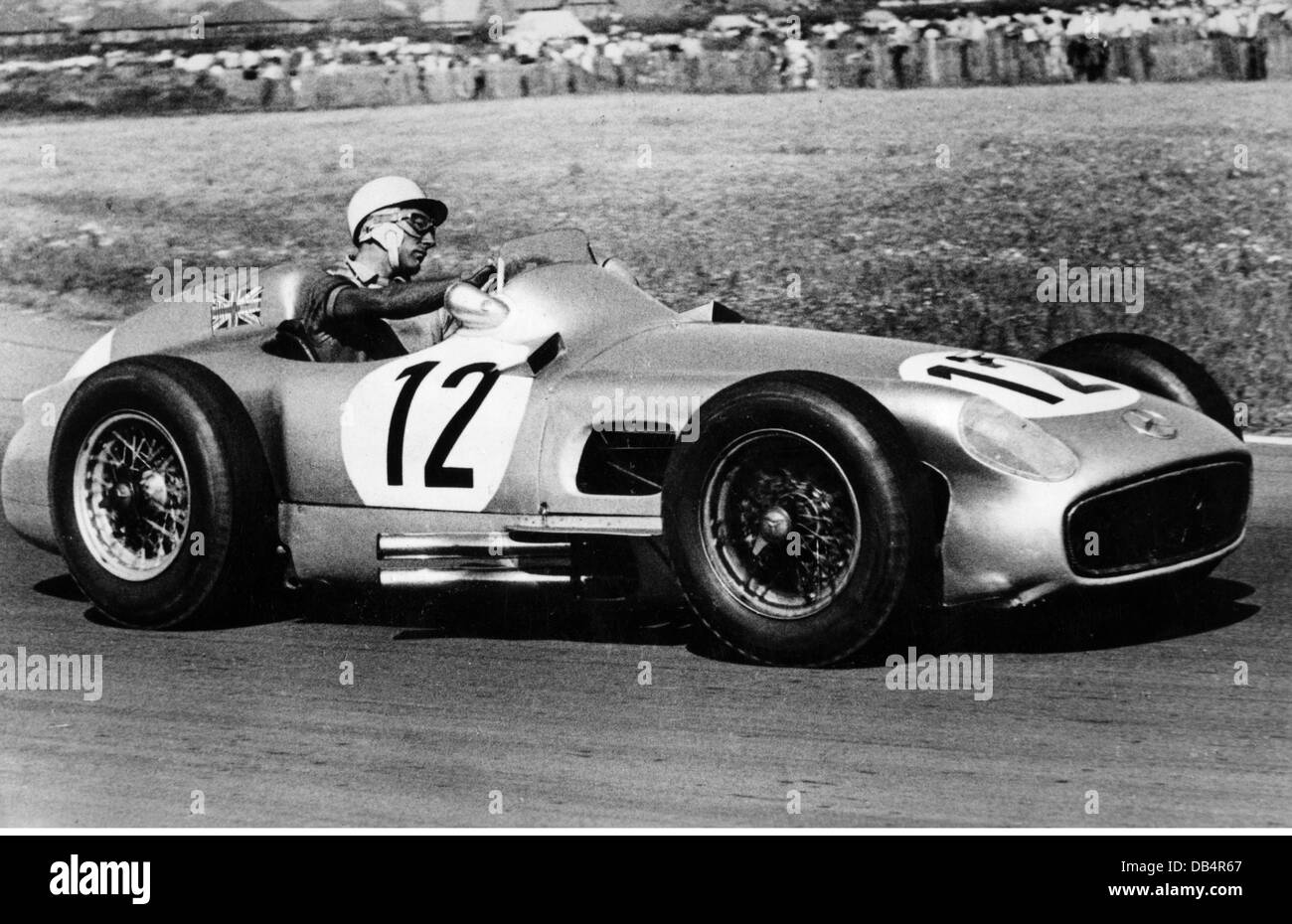 Sport car racing a mercedes benz during a race 1950s for Mercedes benz sports cars