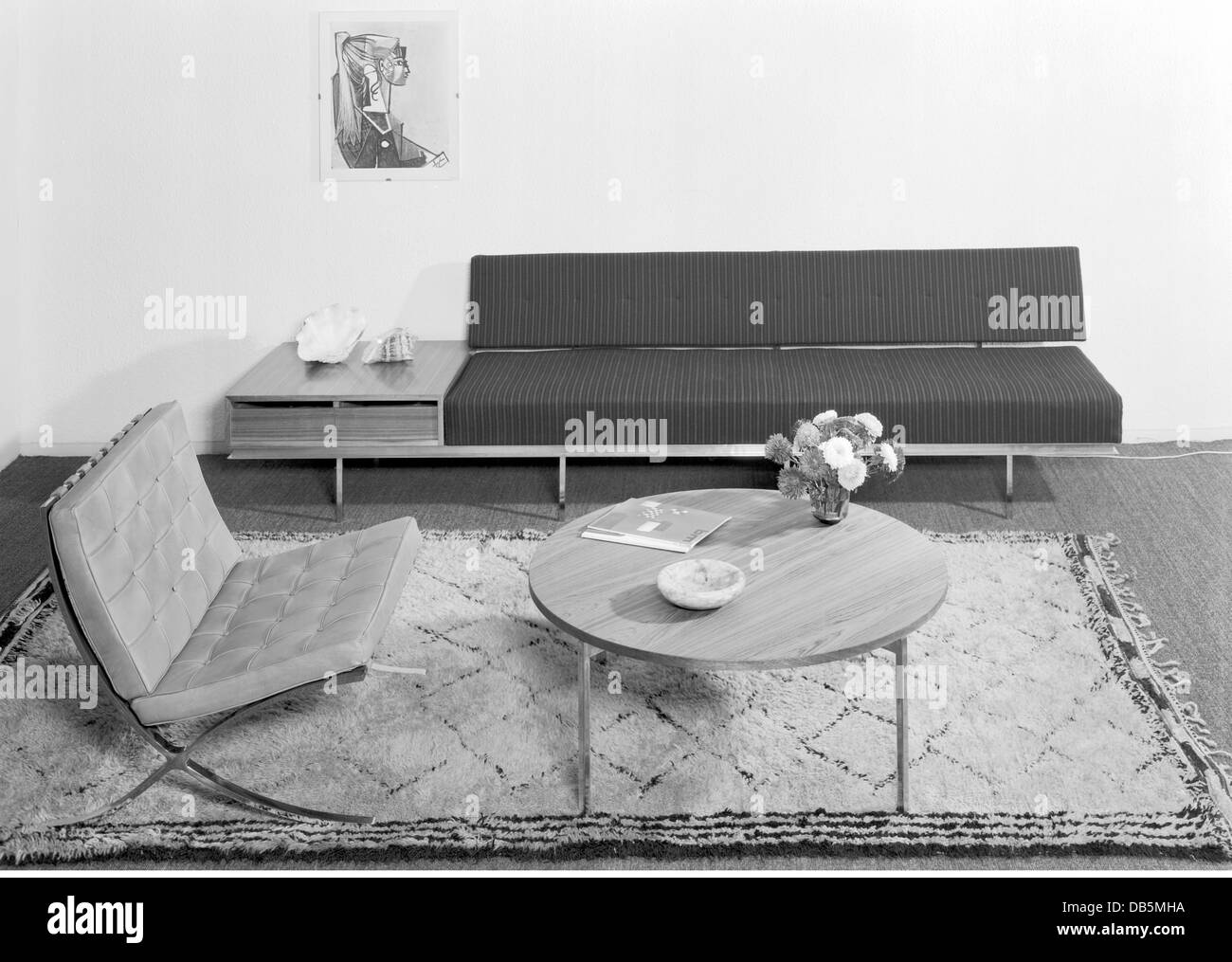 Stock Photo   Furniture, Living Room, 1960, 1960s, 60s, 20th Century,  Historic, Historical, Seating Furniture, Couch, Chaise, Chaise Longue, C