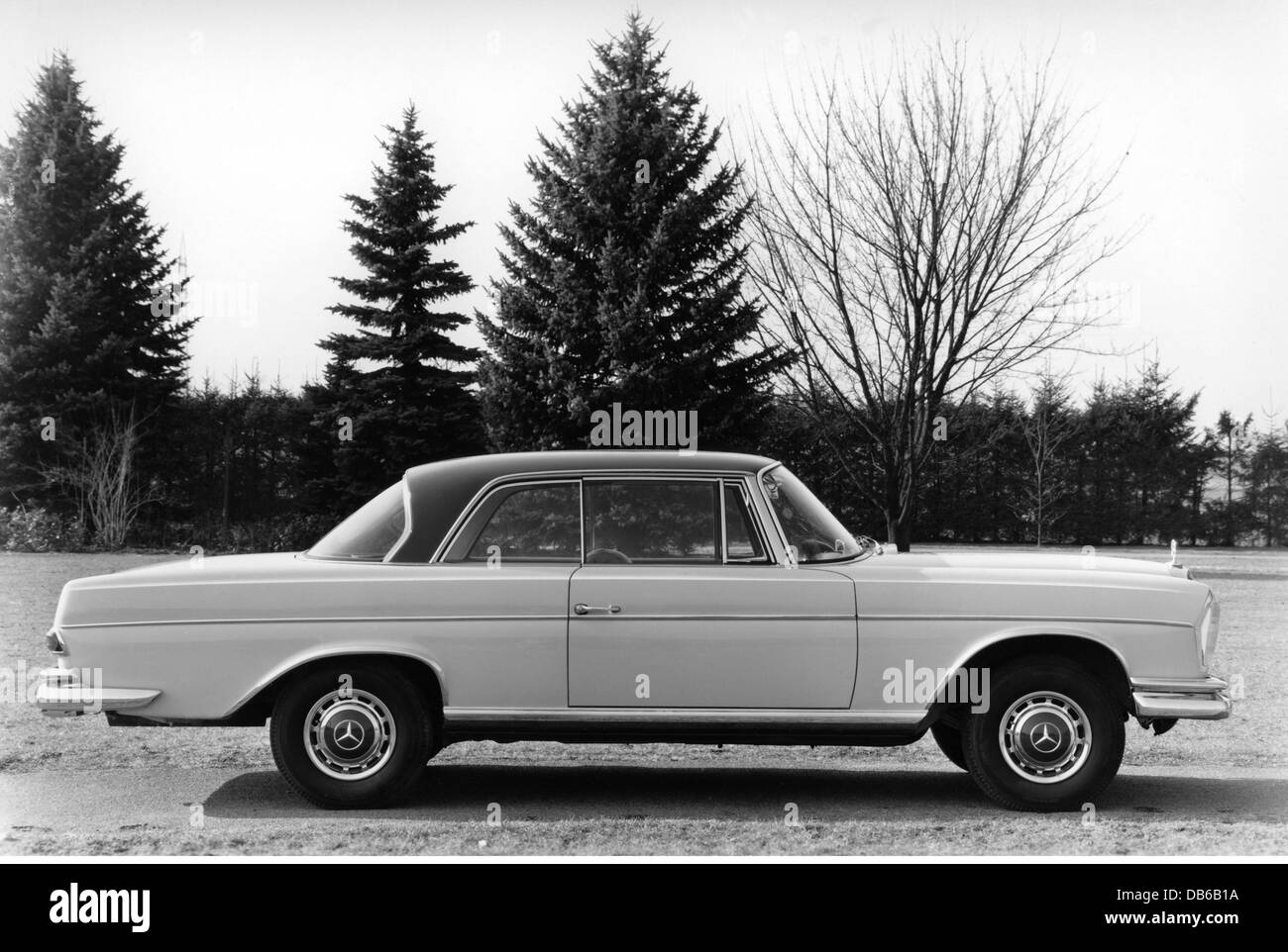 transport transportation cars types mercedes benz 300