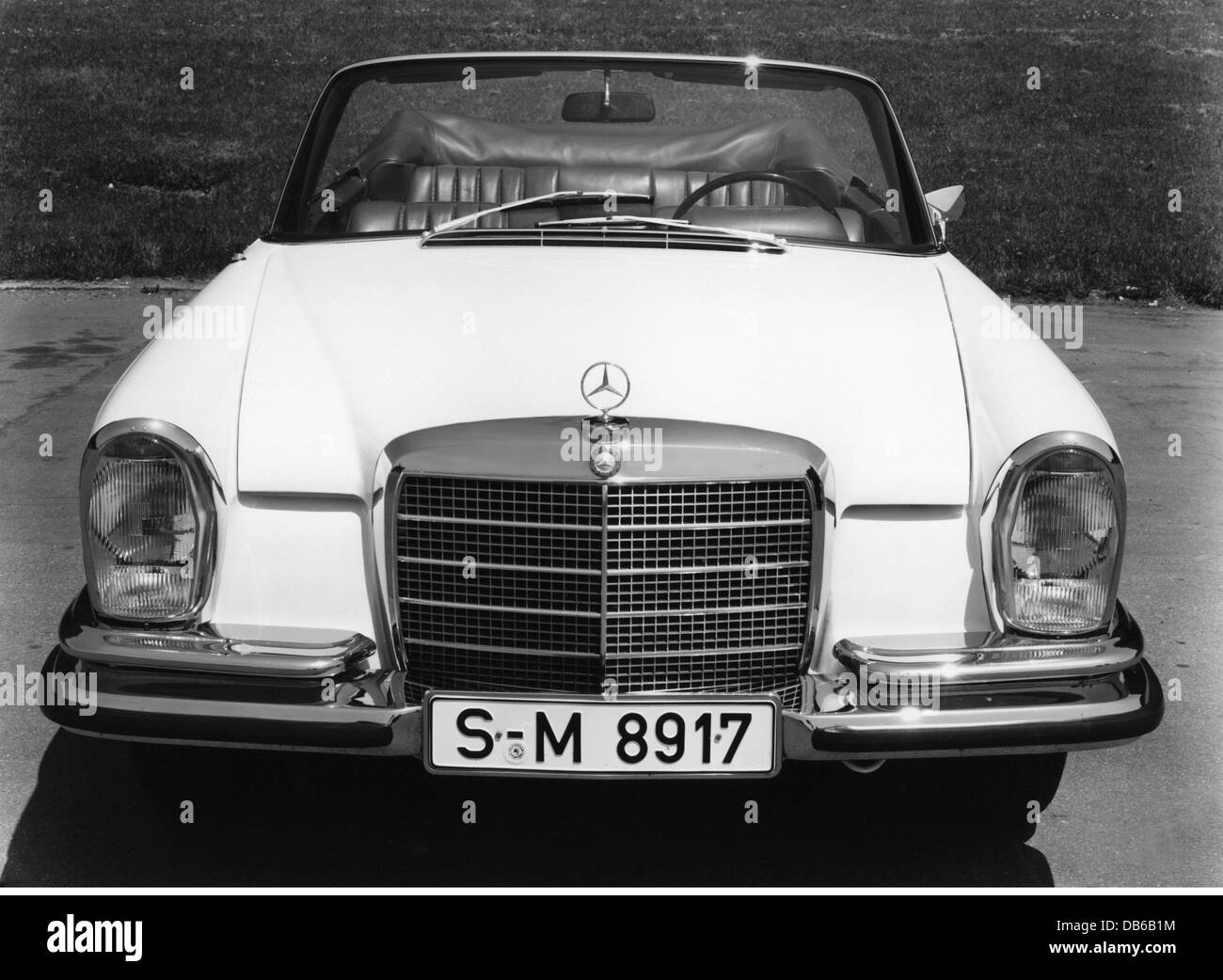 Transport transportation cars types mercedes benz 200 for Types of mercedes benz cars