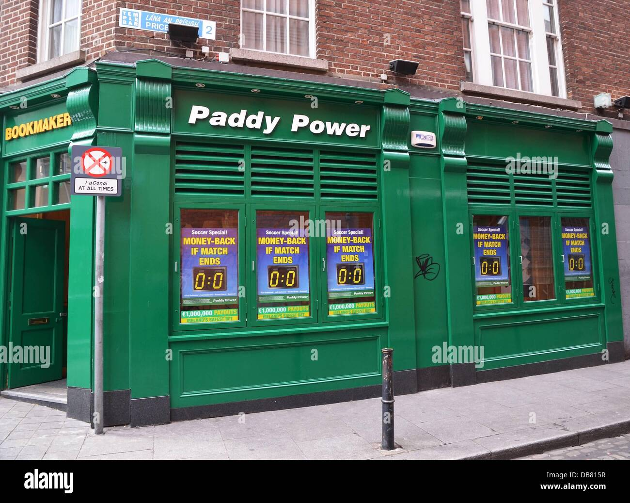 Paddy power bookmakers in temple bar changed their name to o bama power ahead of