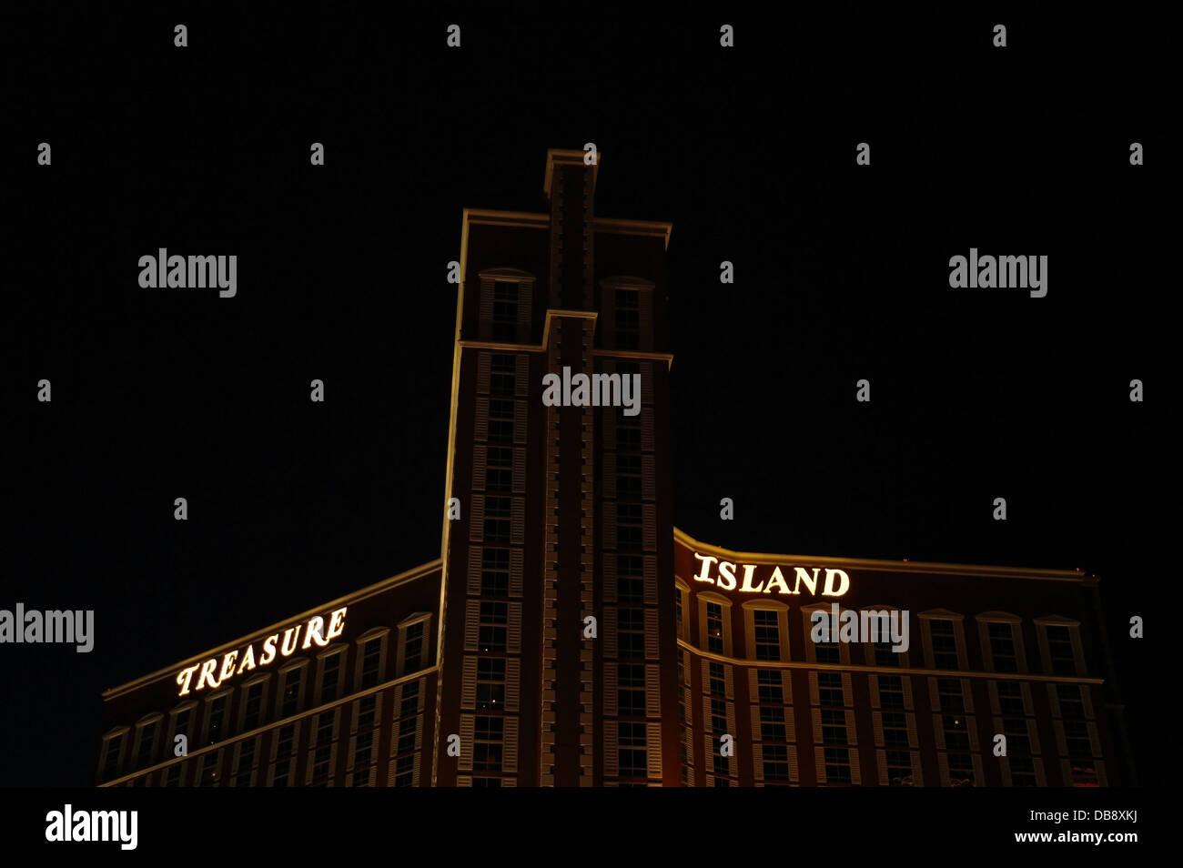 White treasure island casino marketing director riviera casino