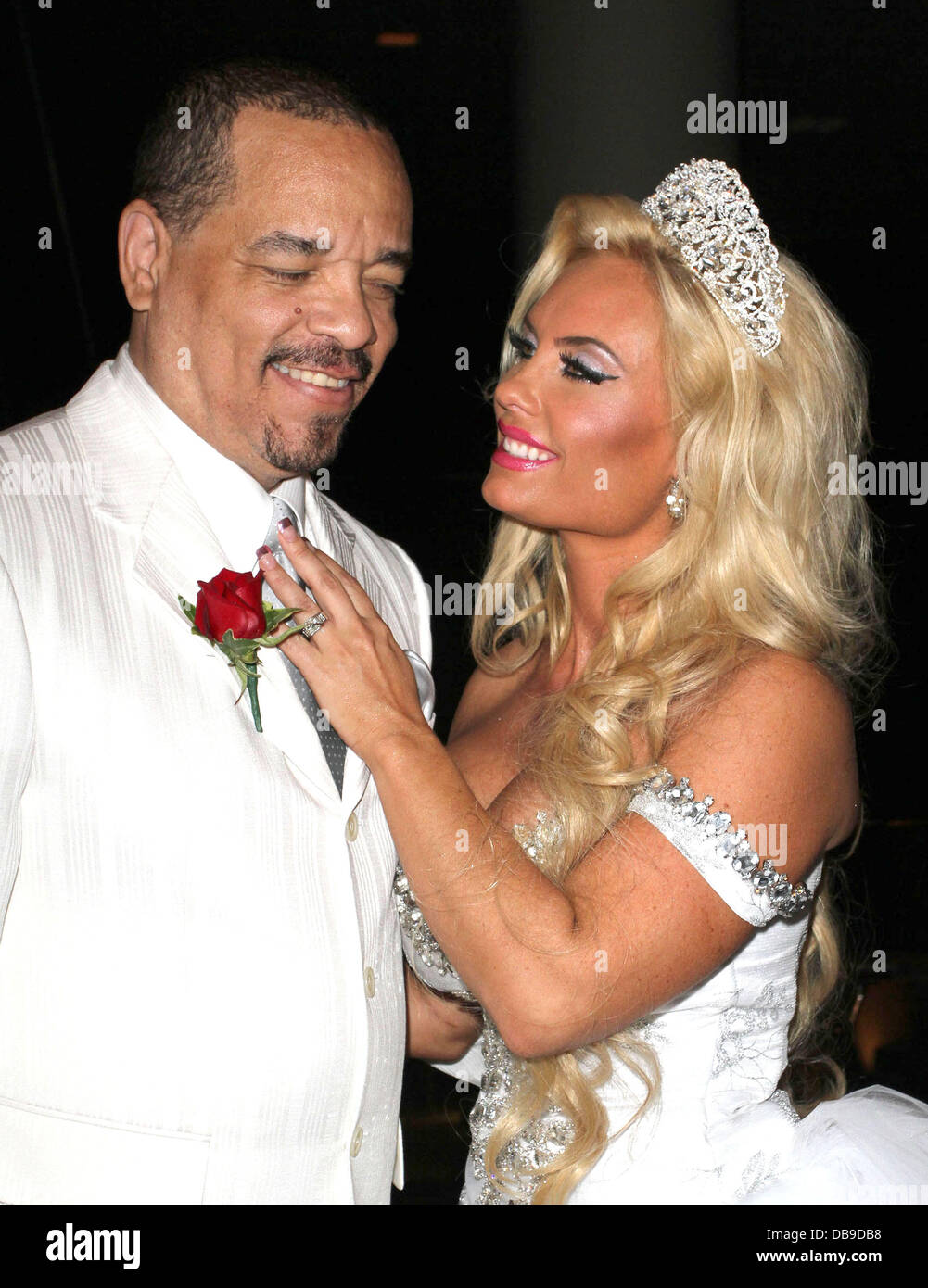 Ice T And Wife Coco Ice T And Coco 10 Year Anniversary Wedding Vows Stock Photo Royalty Free