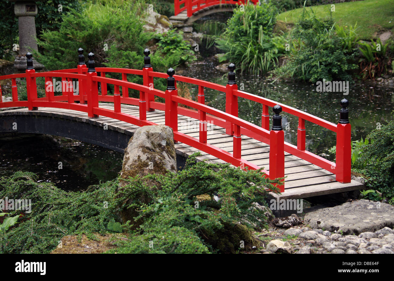red wooden bridge the japanese garden cottered hertfordshire