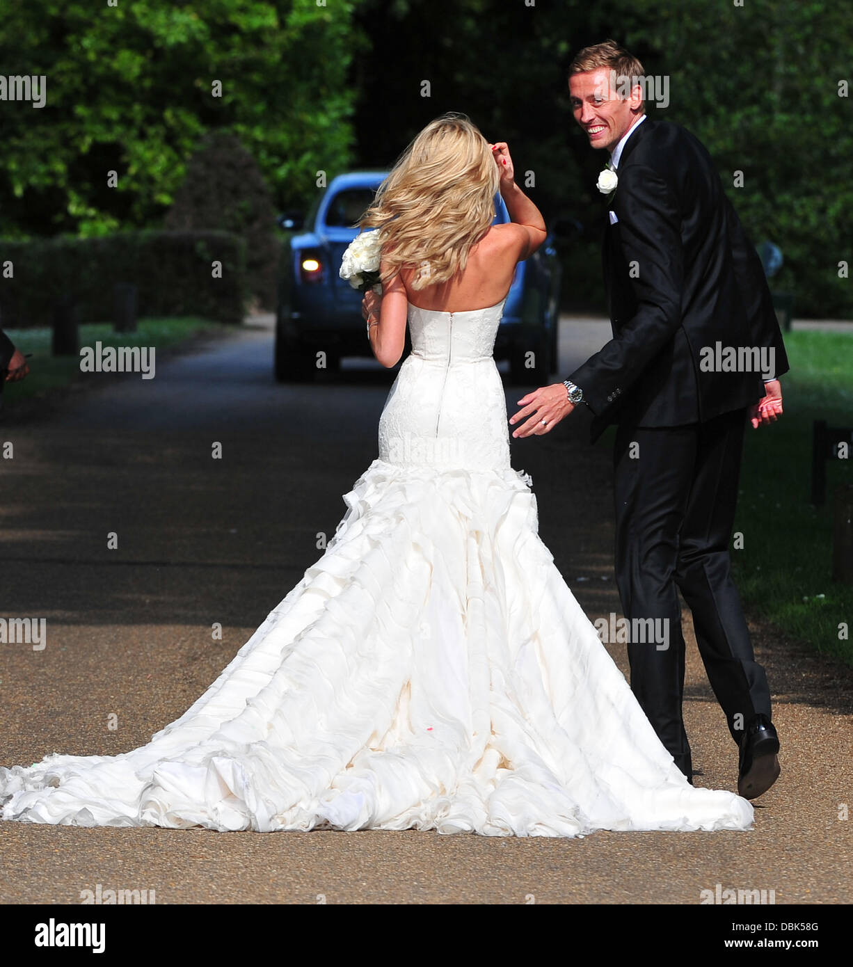 peter crouch wedding wwwpixsharkcom images galleries