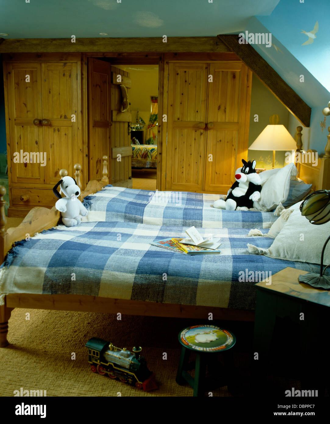 Beds For Attic Rooms Loft Space Interior Design Ideas