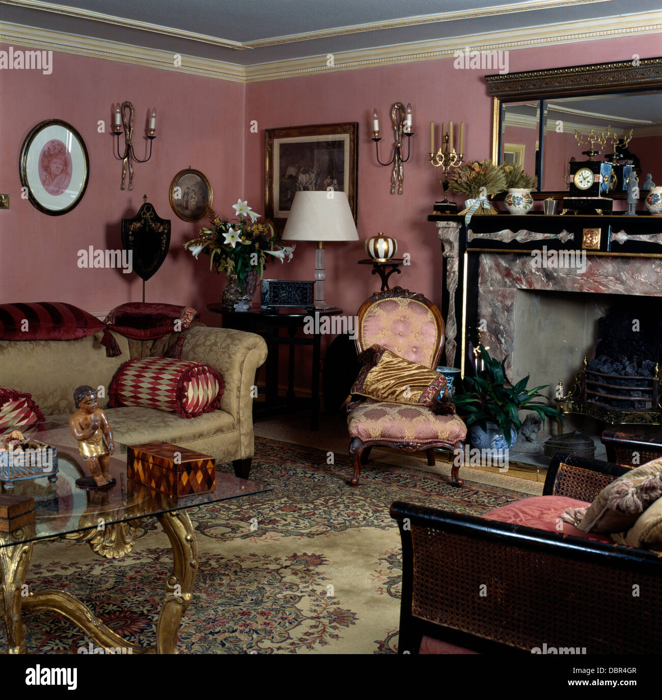 Damask Silk Victorian Chair And Beige Sofa In Dark Pink, Old Fashioned  Living Room With Marble Fireplace