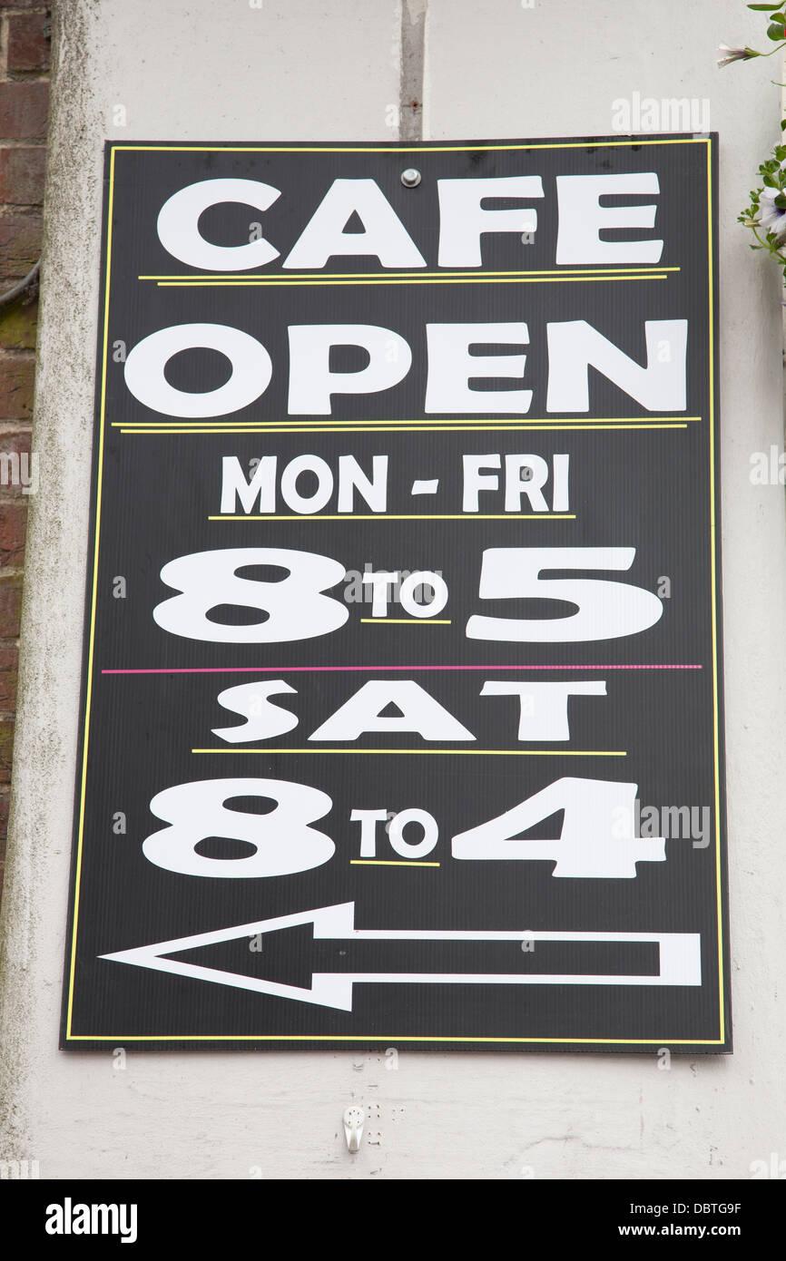 Blackboard Cafe Hours