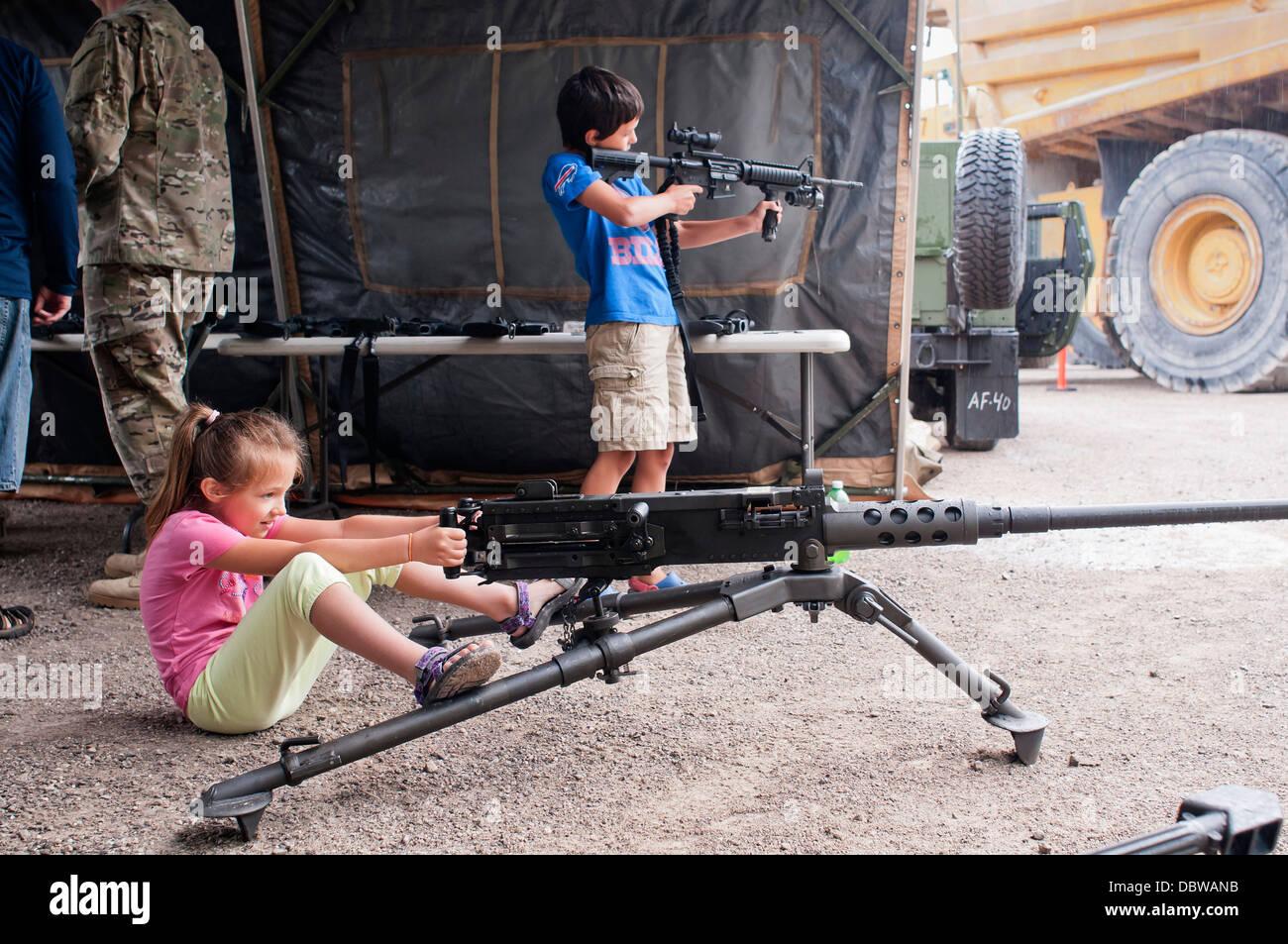 boy machine gun