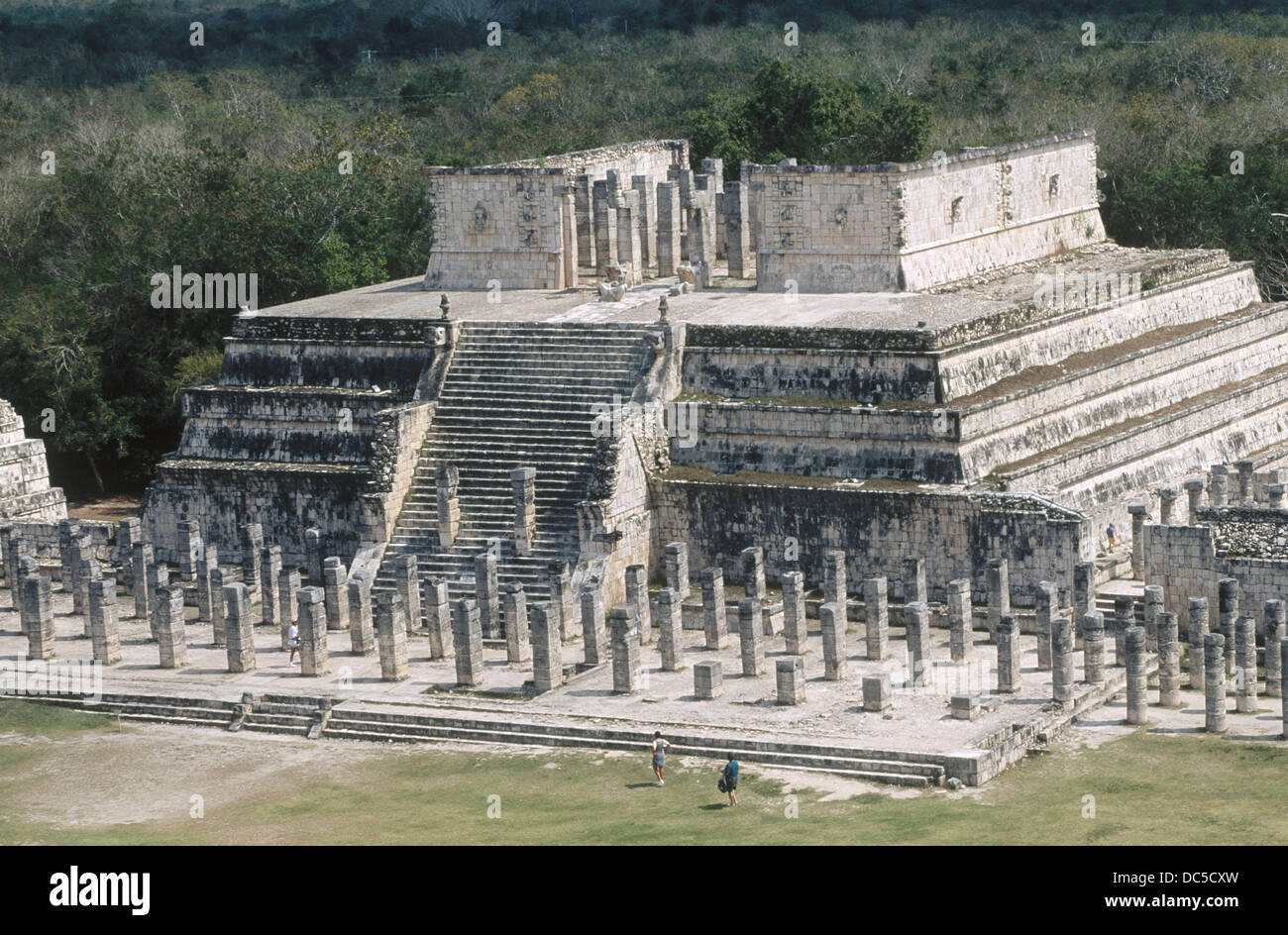 a history of the temple of the warriors The temple of the warriors at the maya-toltec city of chichen itza, mexico built between 800 and 1050 ce, the three-level pyramid is so called because of the colonnade of carved warrior and gift-bearer columns on its two sides.