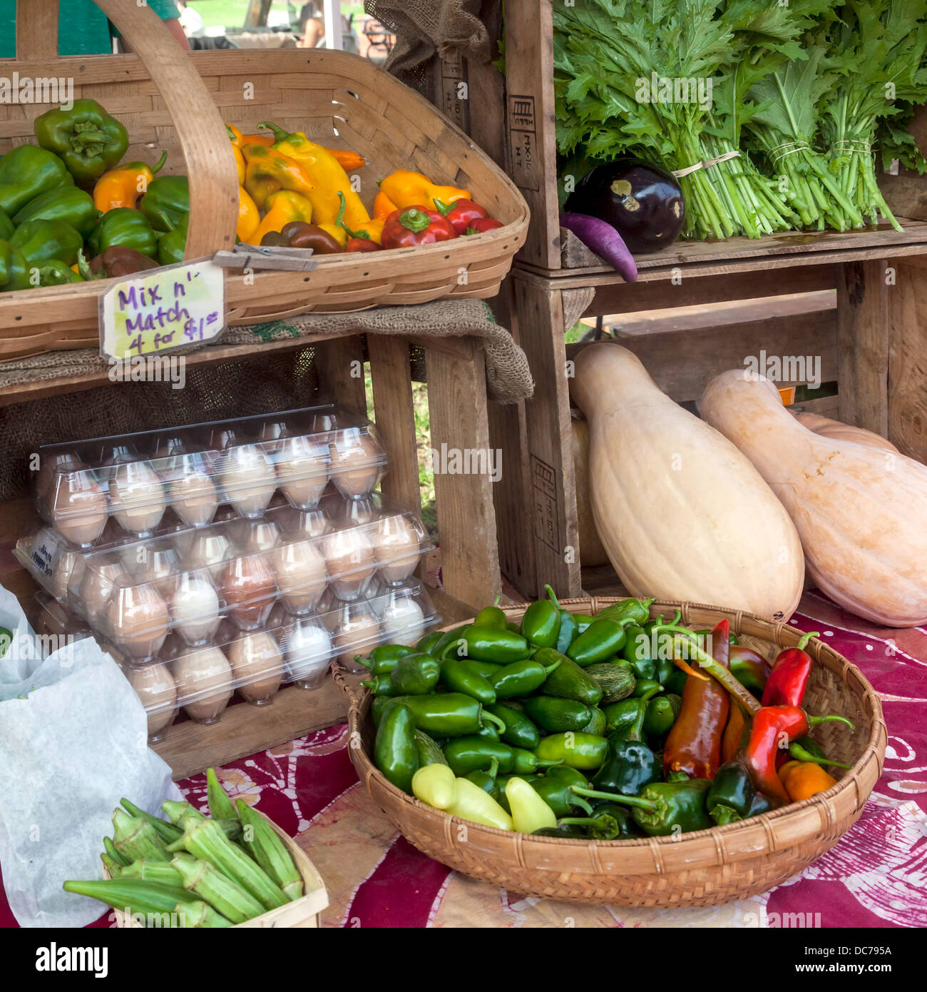 Organic_and_heirloom_vegetables_and_free