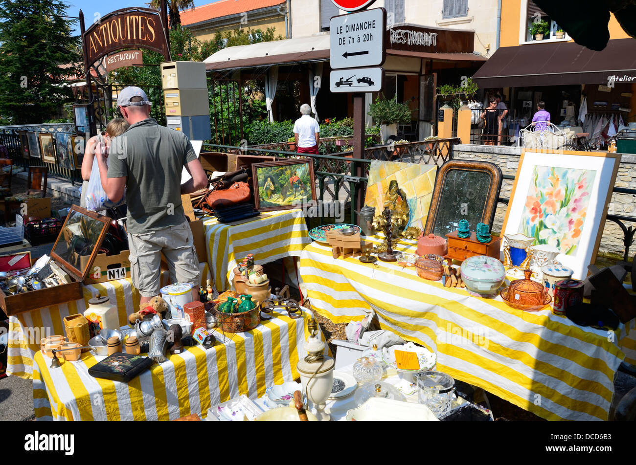 L'isle Sur La Sorgue: European Antiques Capital, Antique Market Vaucluse In  Provence