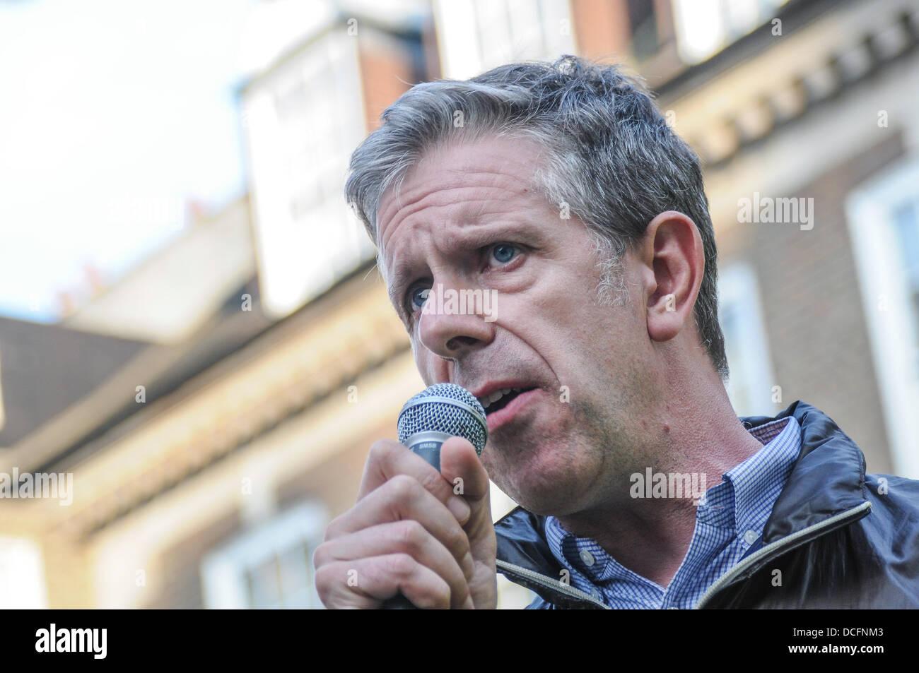 London 16th August 2013 : Chris Nineham speaks <b>Western power</b> want to divided <b>...</b> - london-16th-august-2013-chris-nineham-speaks-western-power-want-to-DCFNM3