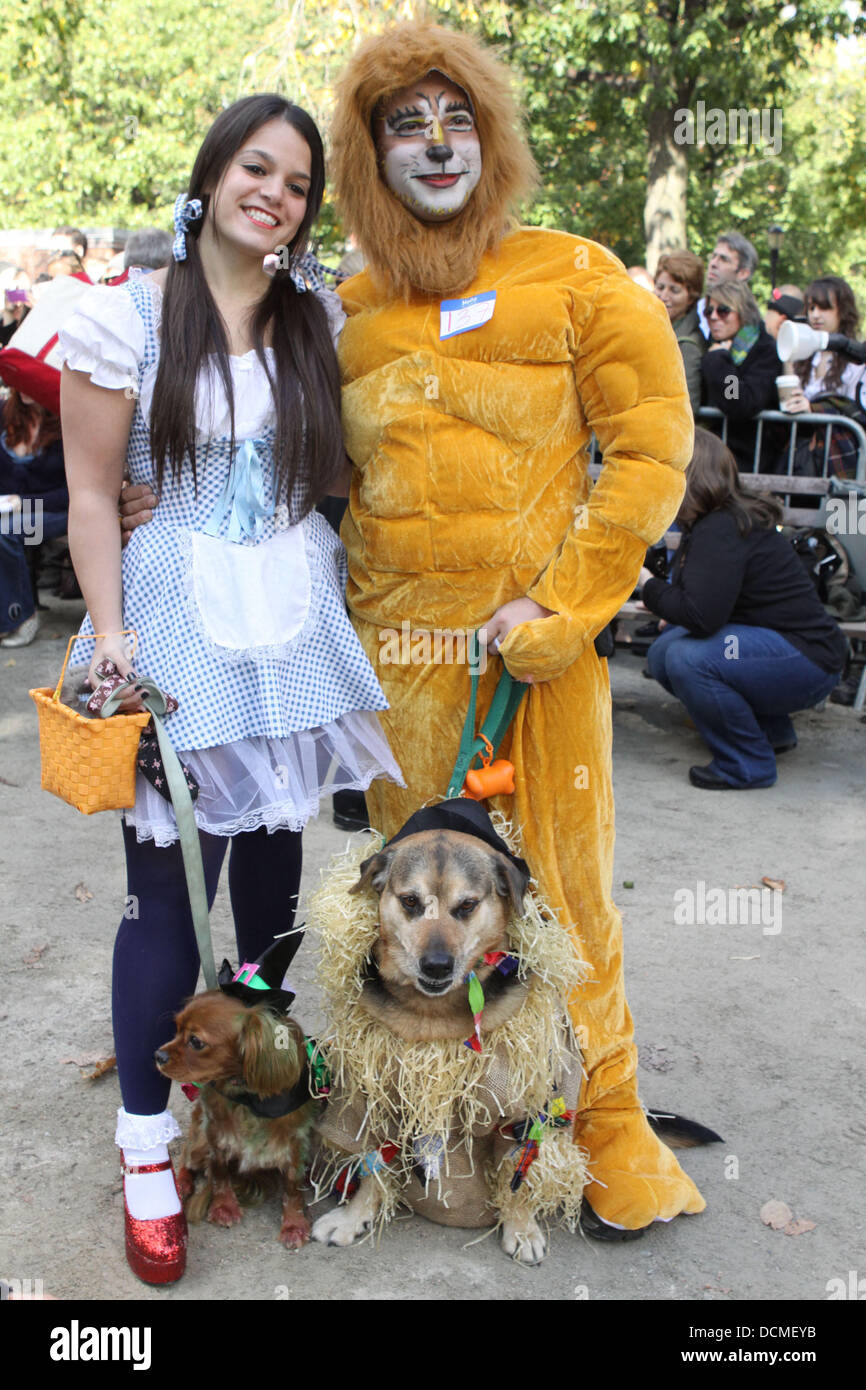 Wizard of Oz The 21st Annual Tompkins Square Halloween Dog Parade ...