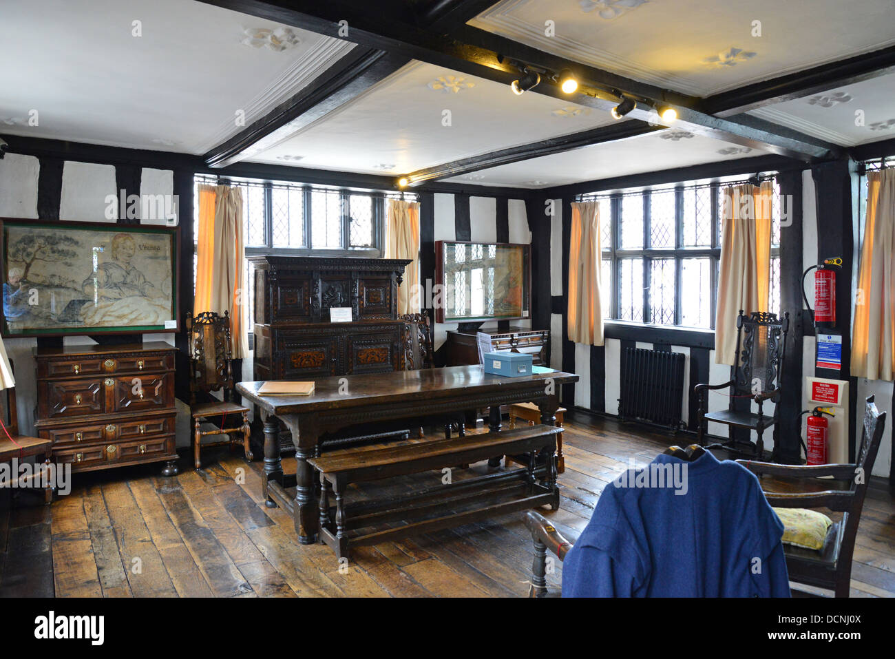 interior of 17th century the old house high town