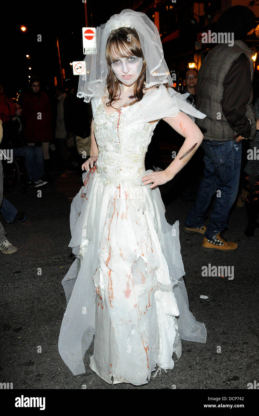 Zombie Corpse Bride costume Annual Halloween on Church Street ...