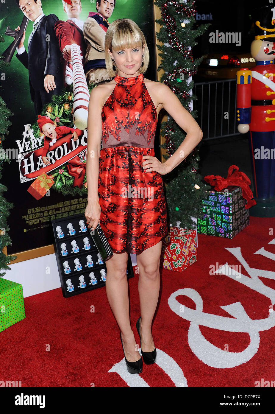 mena suvari the premiere of a very harold kumar 3d christmas held at the chinese theatre hollywood usa 031111 - Harold And Kumar 3d Christmas