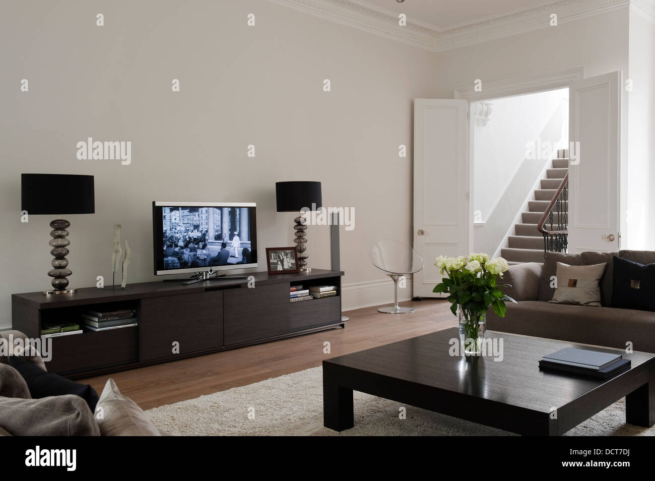 Delightful Flat Screen And Matching Lamps On Sideboard In Living Room Of Kensington  Home Part 5