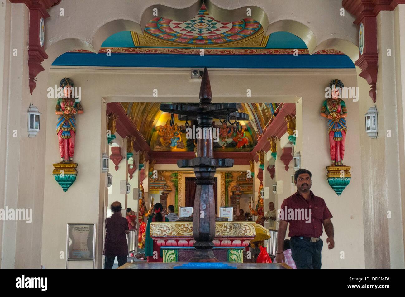 Interior of Sri Mariamman Hindu Temple on South Bridge ...