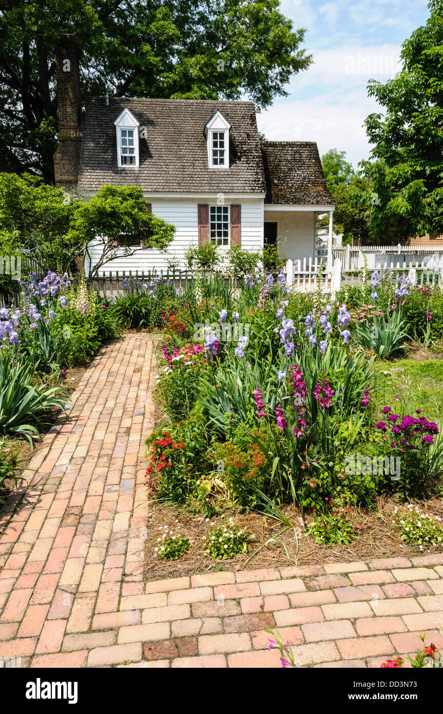 Cottage Garden, Colonial Williamsburg, Virginia