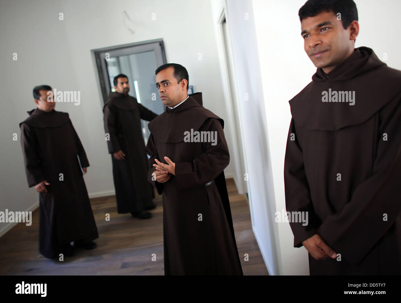 monks of the discalced carmelites are photographes in the