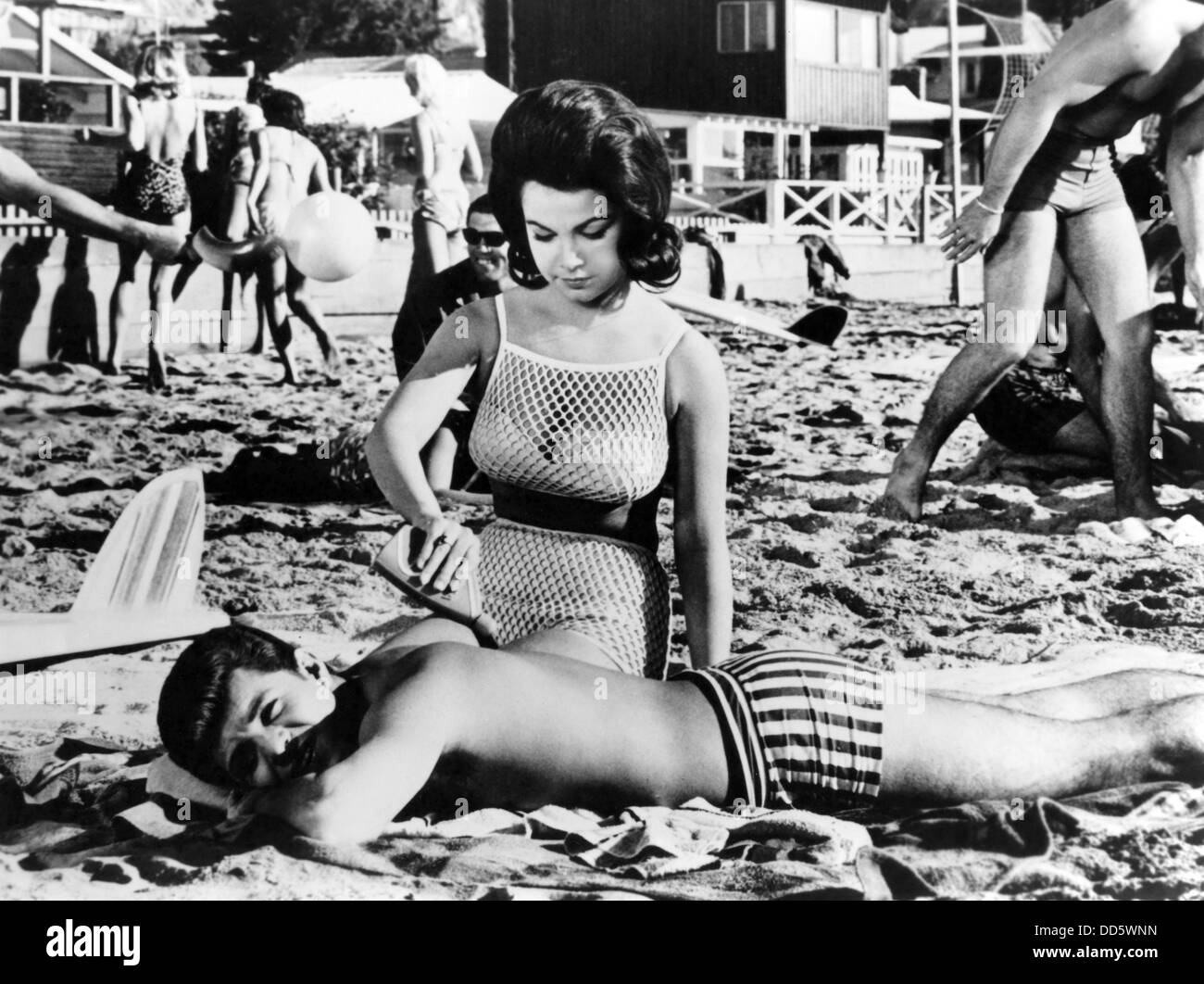 Google Search Operators - Google Guide Annette funicello photo gallery