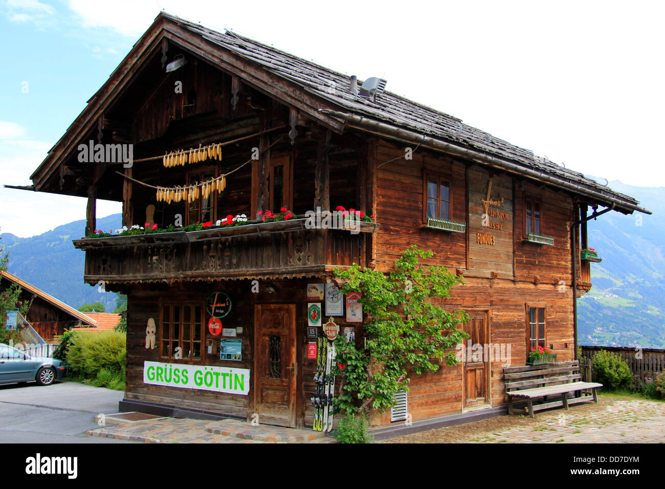 Altes holzhaus in ladis tirol österreich stock photo
