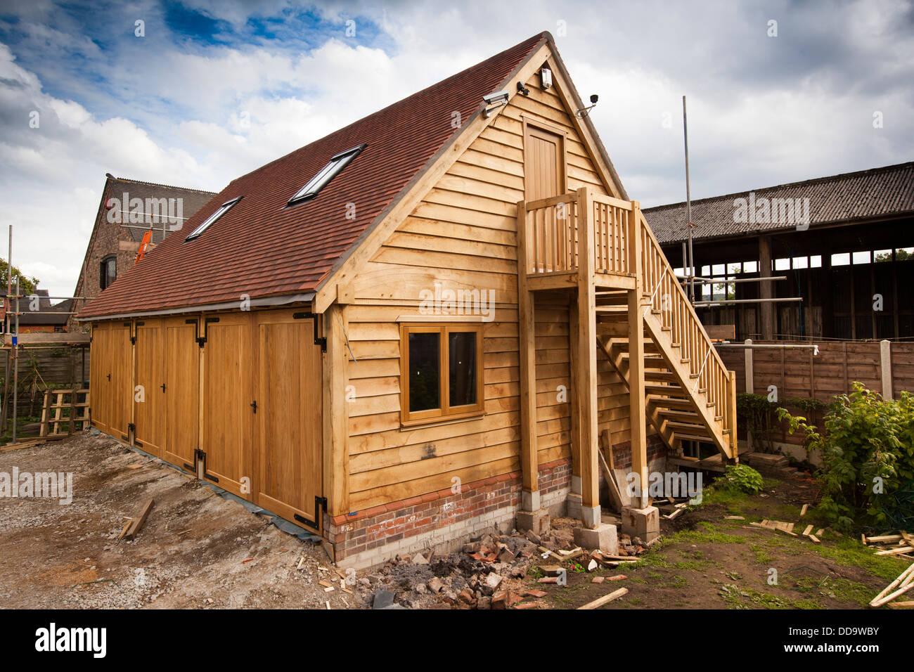 Self Building House Green Oak Framed 3 Bay Garage With