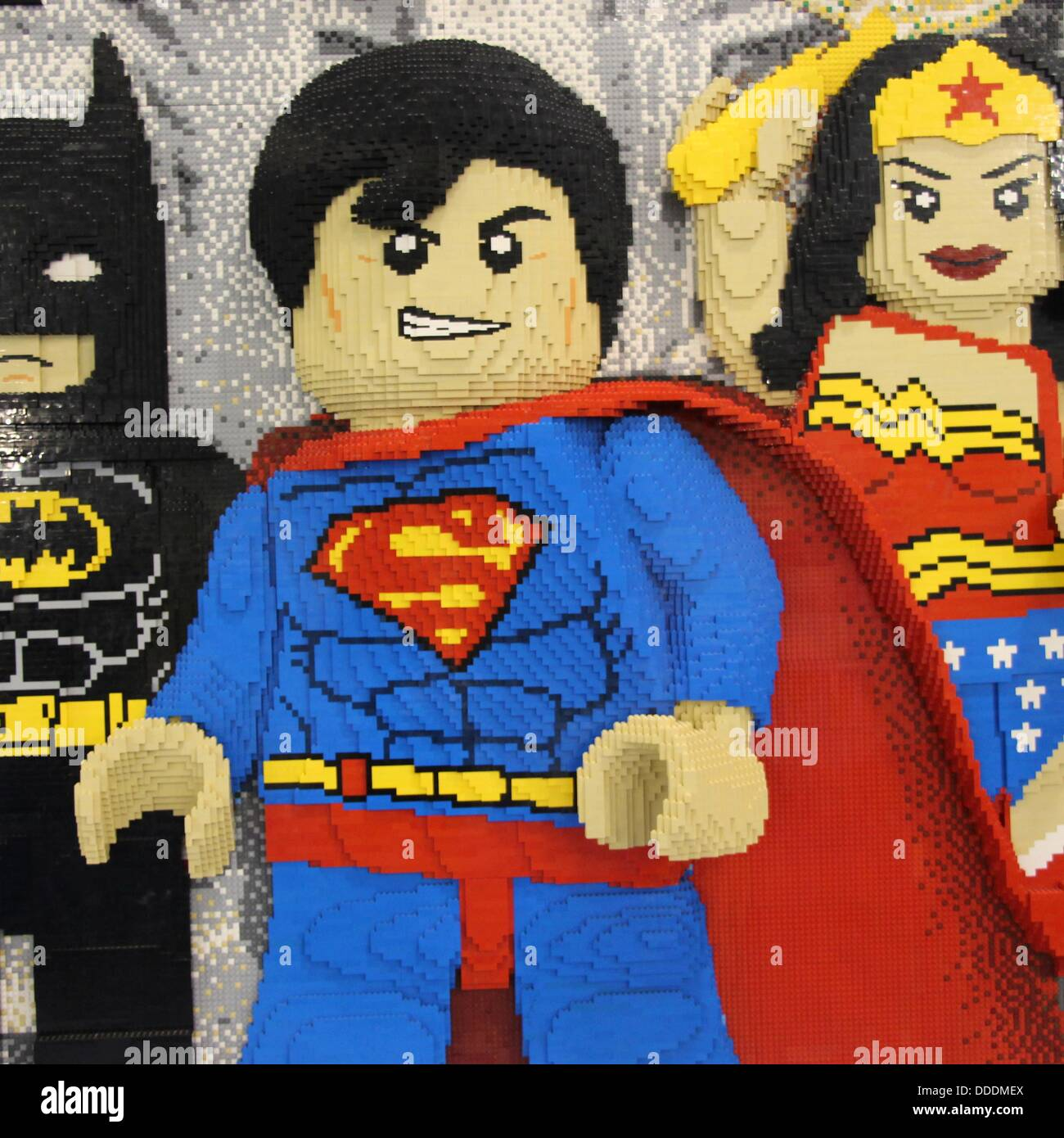 Legos For Free Batman Superman And Wonder Woman From Dc Comics Made Out Of Legos
