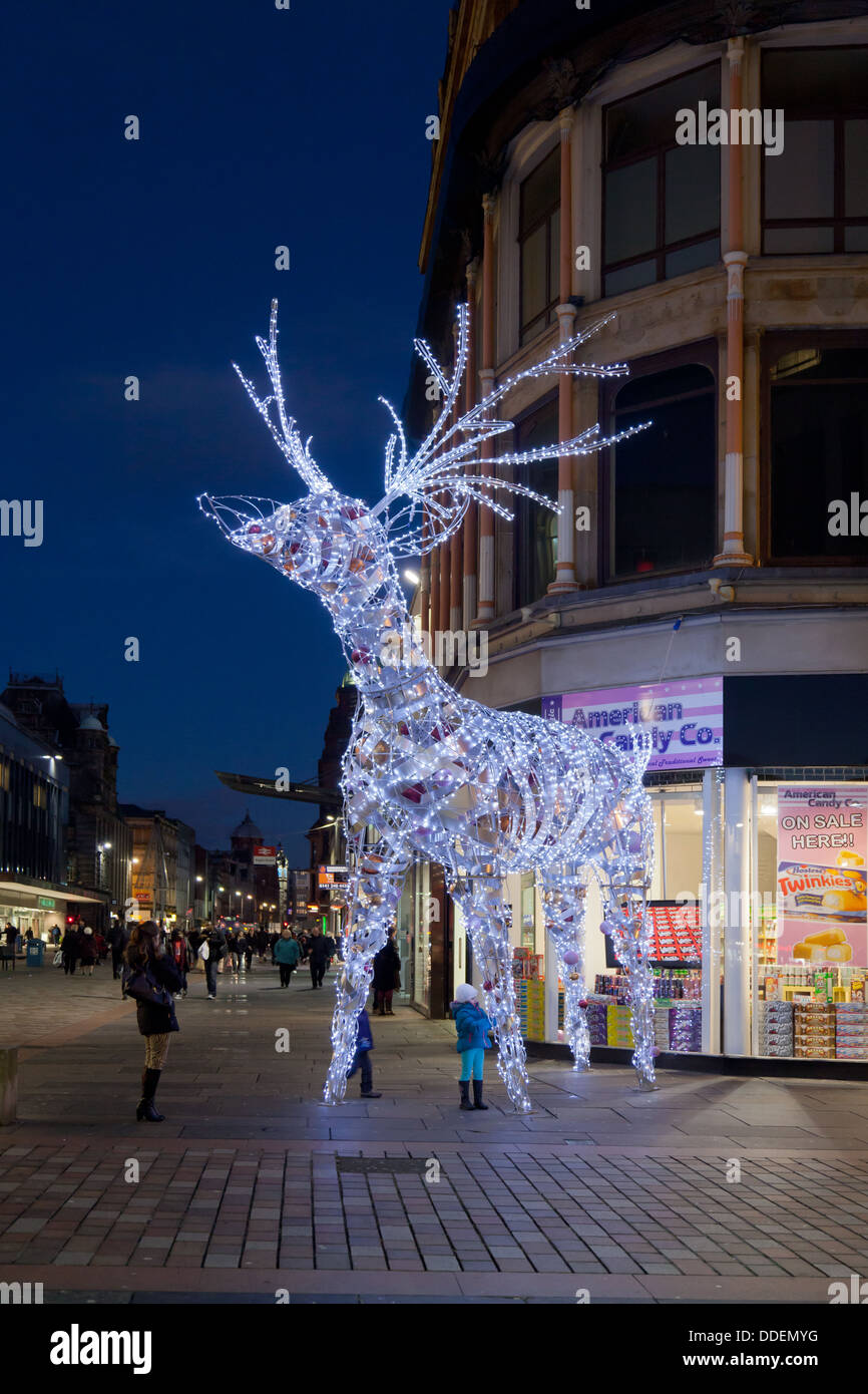 Sensational Illuminated Reindeer Part Of The Christmas Decorations In Argyle Easy Diy Christmas Decorations Tissureus