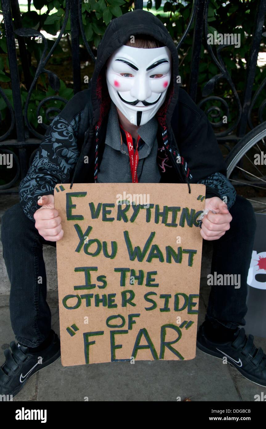 V For Vendetta Mask Stock Photos & V For Vendetta Mask Stock ...