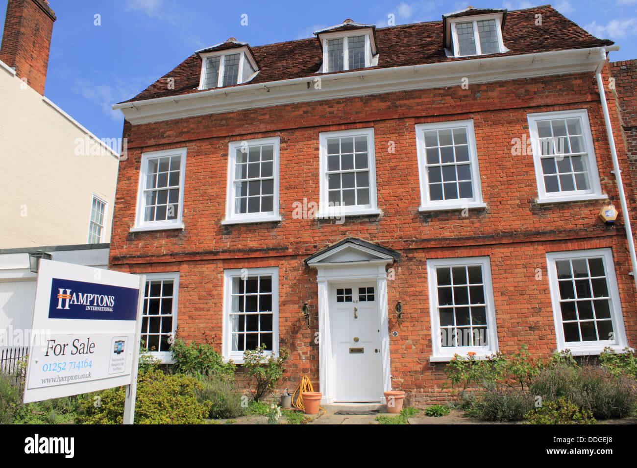 Georgian House For Sale In Castle Street In Farnham