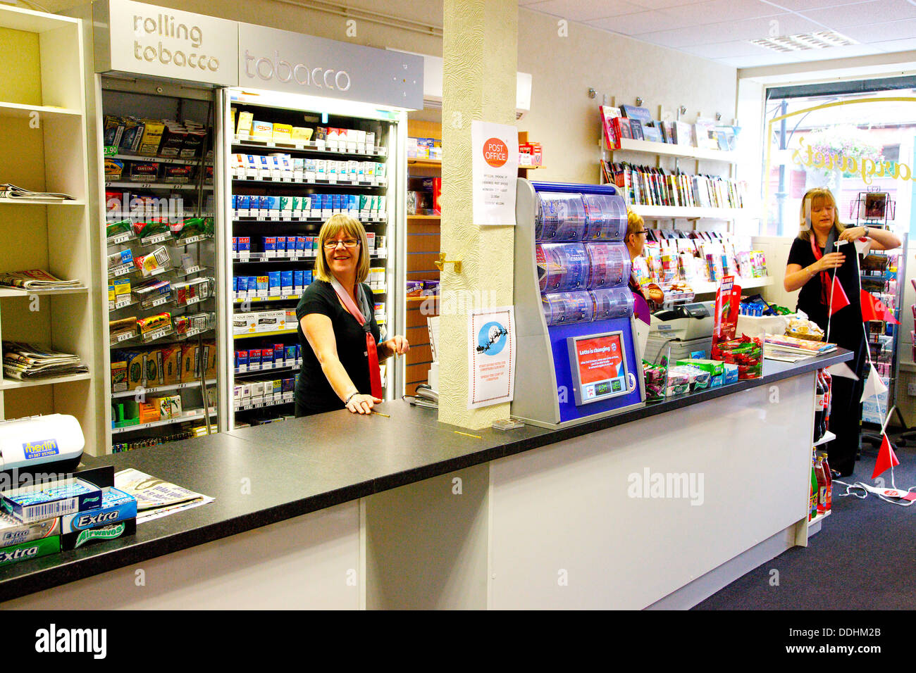 Shop Counter And Staff In Post Office Stock Photo 60010563 Alamy