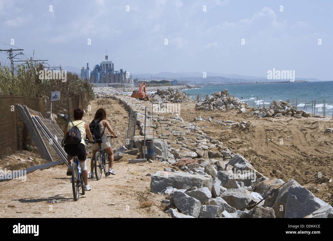 Public works at the beach cabrera de mar el maresme - Piscina cabrera de mar ...