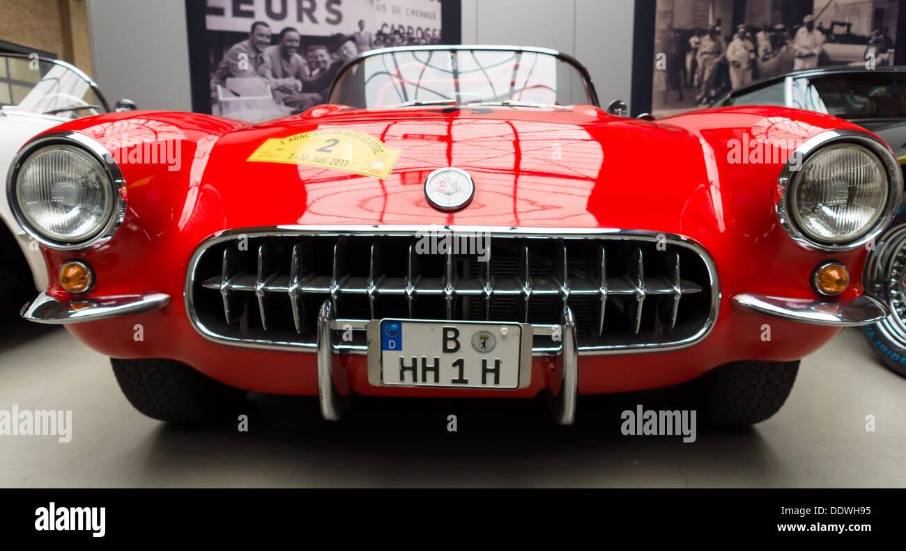 Free Images : black and white, usa, motor vehicle, vintage car ...