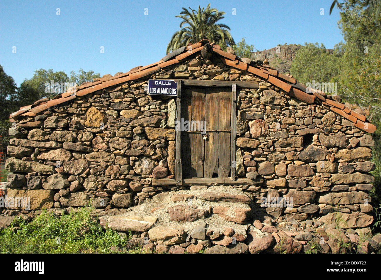Traditional houses in las casas de veneguera zona sur - Houses in gran canaria ...