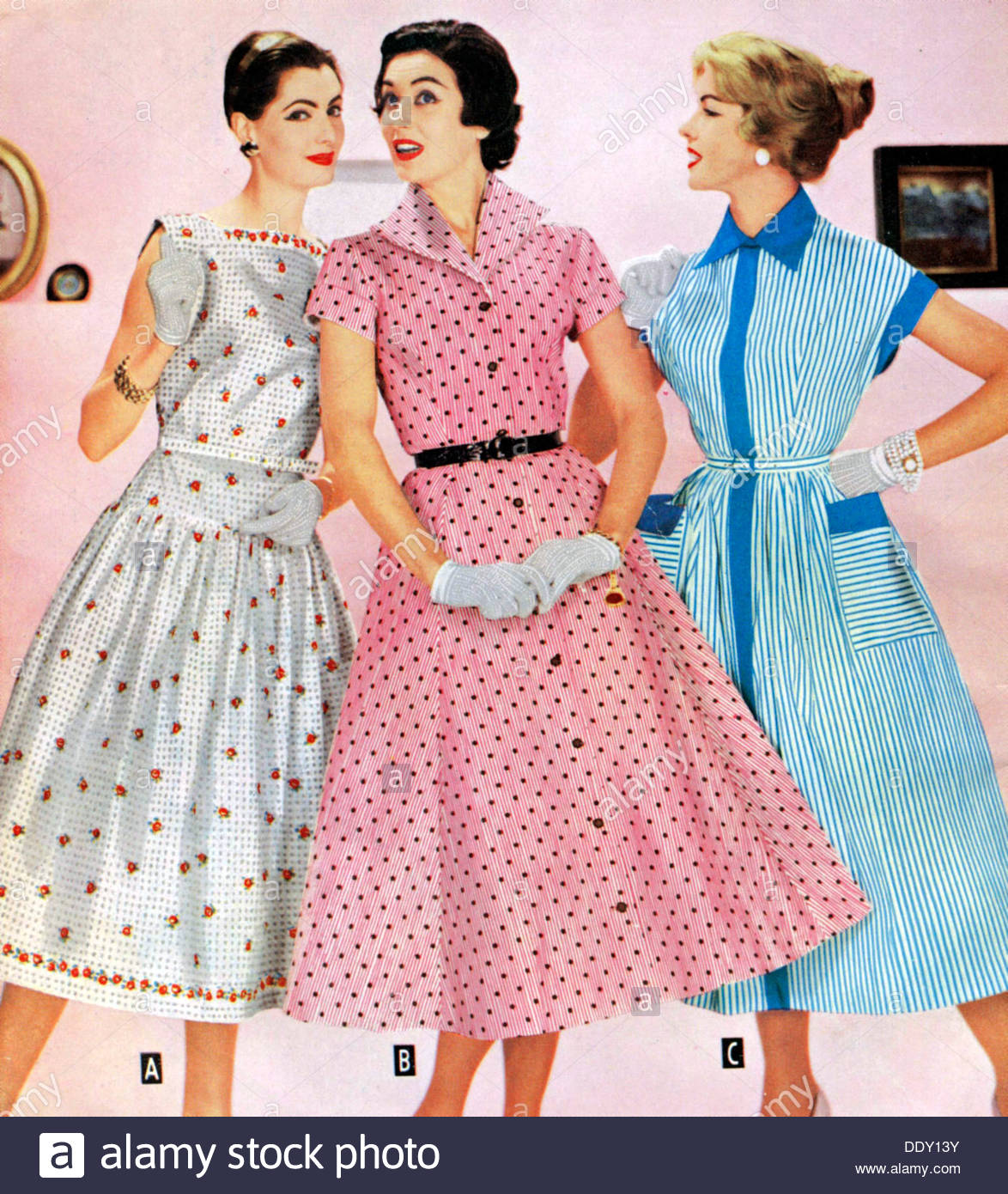 1950s clothing for women