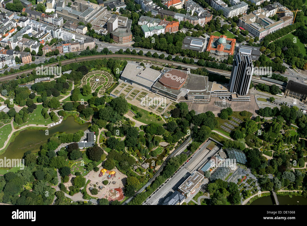 aerial view congress center hamburg or cch planten un blomen park stock photo 60258416 alamy. Black Bedroom Furniture Sets. Home Design Ideas