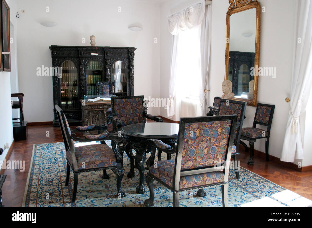 19th century drawing room, Archaeological Museum, Zagreb, Croatia ...