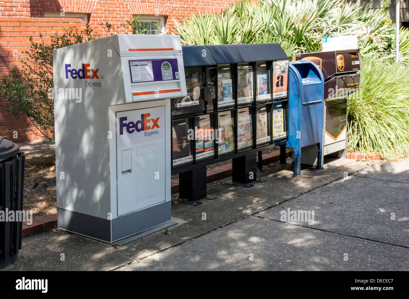 Cost of color printing at fedex - Color Printing Fedex Kinkos Fe Fedex Color Printing Cost Per Page Row Of Usps Mailbox