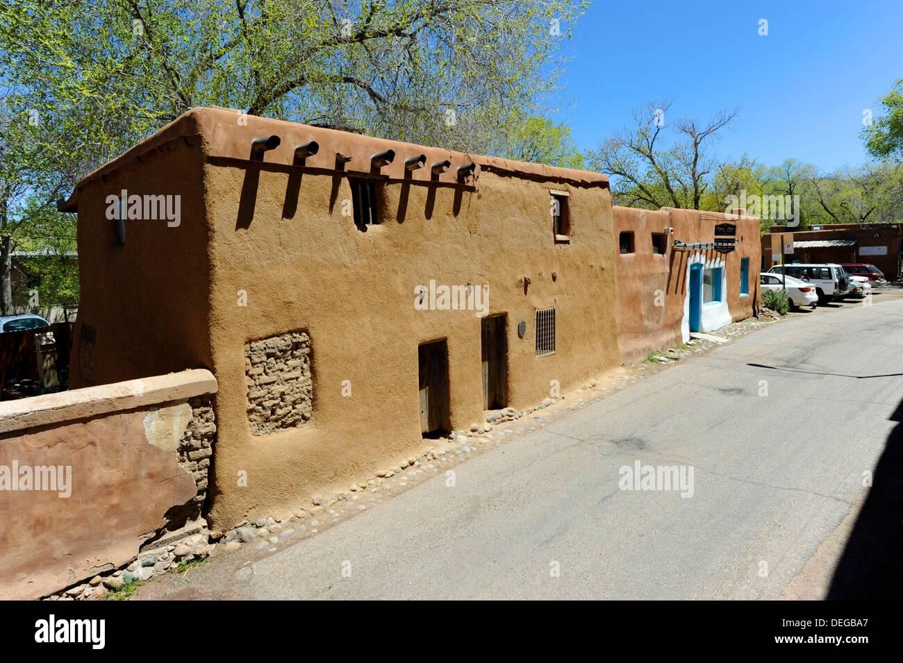 Oldest house united states santa fe new mexico adobe stock for Santa fe adobe homes