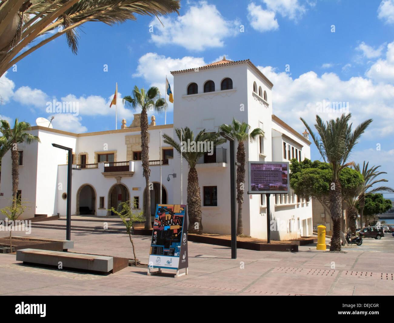 Town hall or ayuntamiento puerto del rosario fuerteventura canary stock photo royalty free - Pension puerto del rosario ...