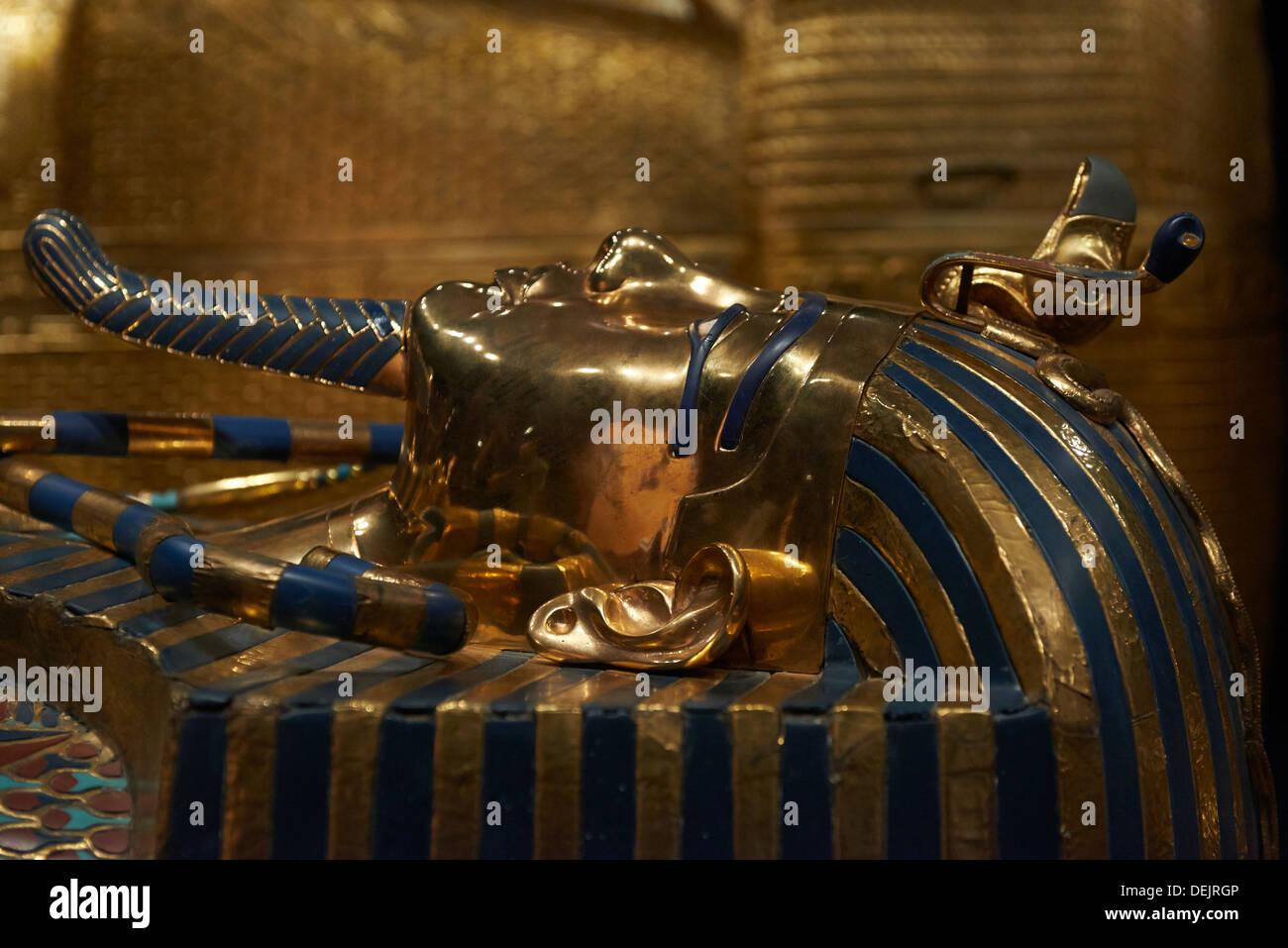 Tutankhamun King Tut Tomb Treasures Stock Photos ... |King Tut And His Treasures