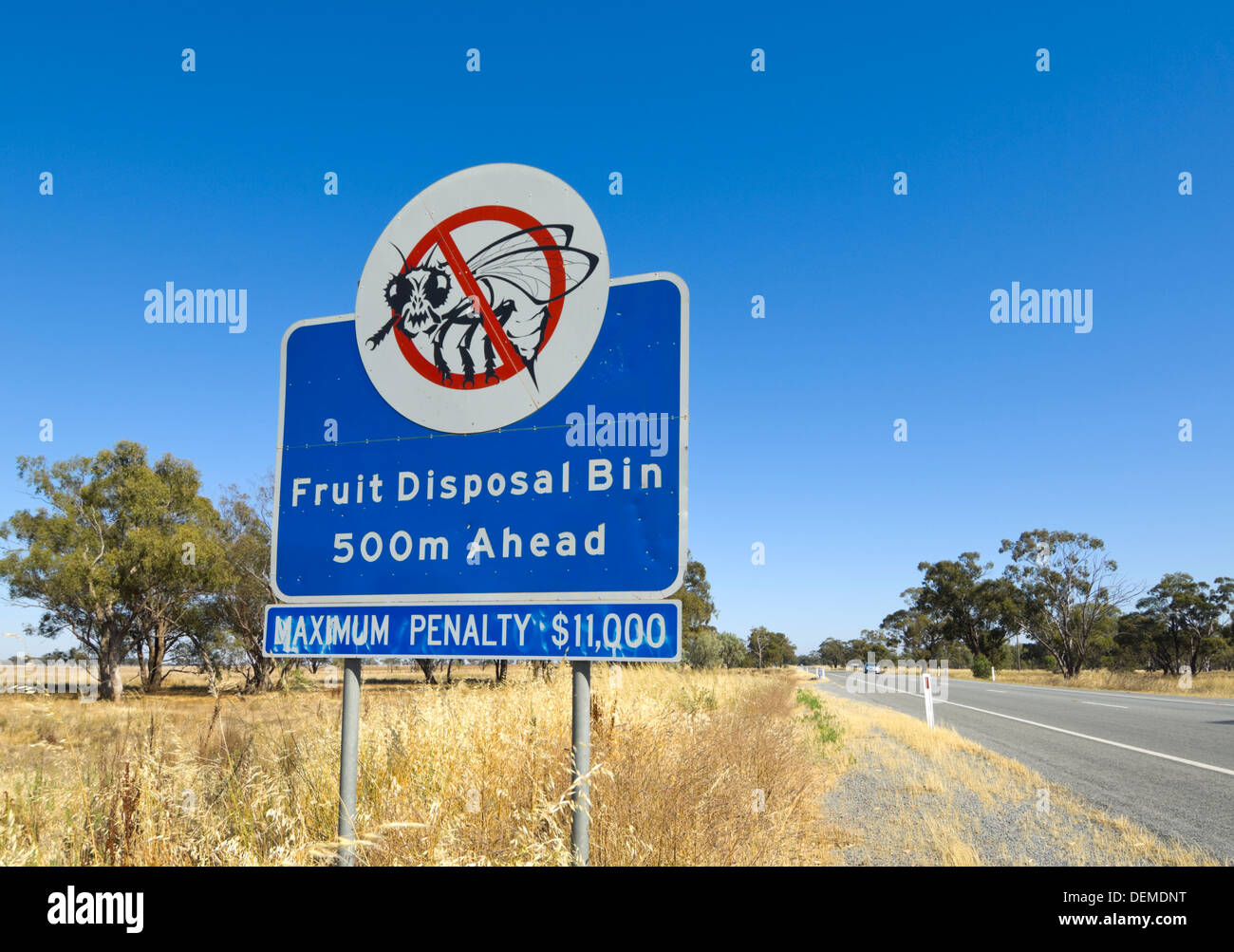Fruit Fly Exclusion Zone Sign