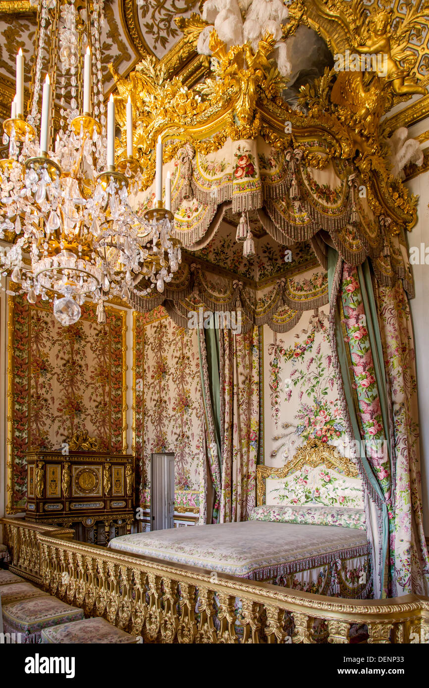 Queens chambre marie antoinette 39 s room chateau de for Chambre chateau