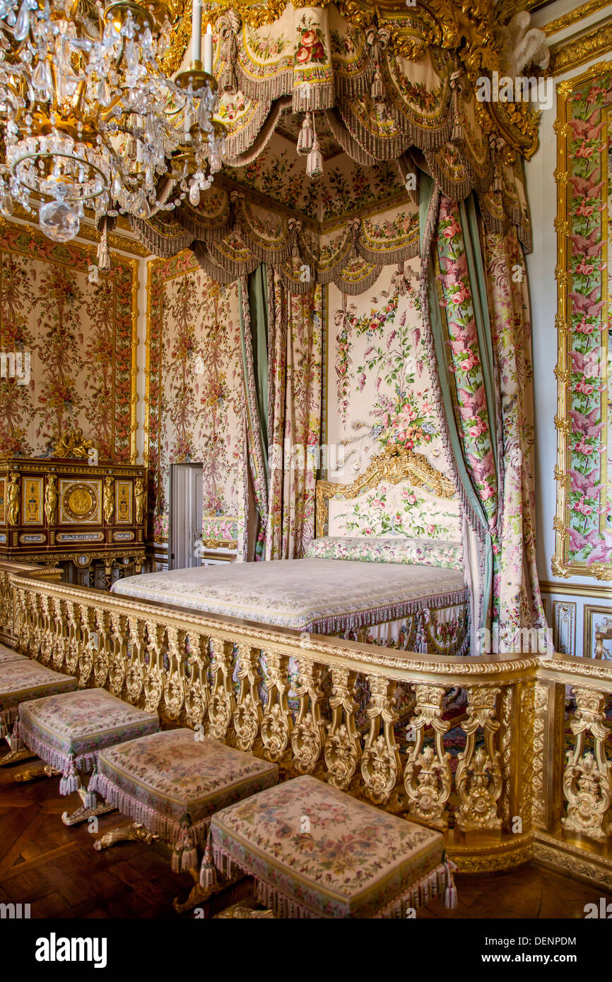 Queens chambre marie antoinette 39 s room chateau de for Chambre louis xv