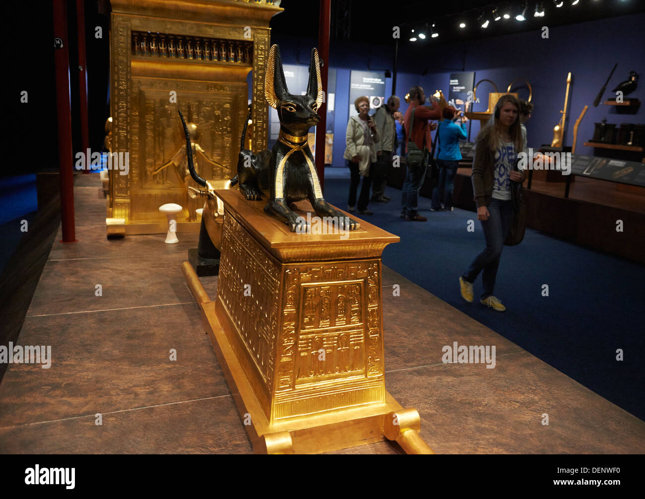 king tutankhamen and his treasures The pharaoh tutankhamun is one of the most famous egyptian rulers in history known by many as 'king tut,' tutankhamun is most famous for the incredible.