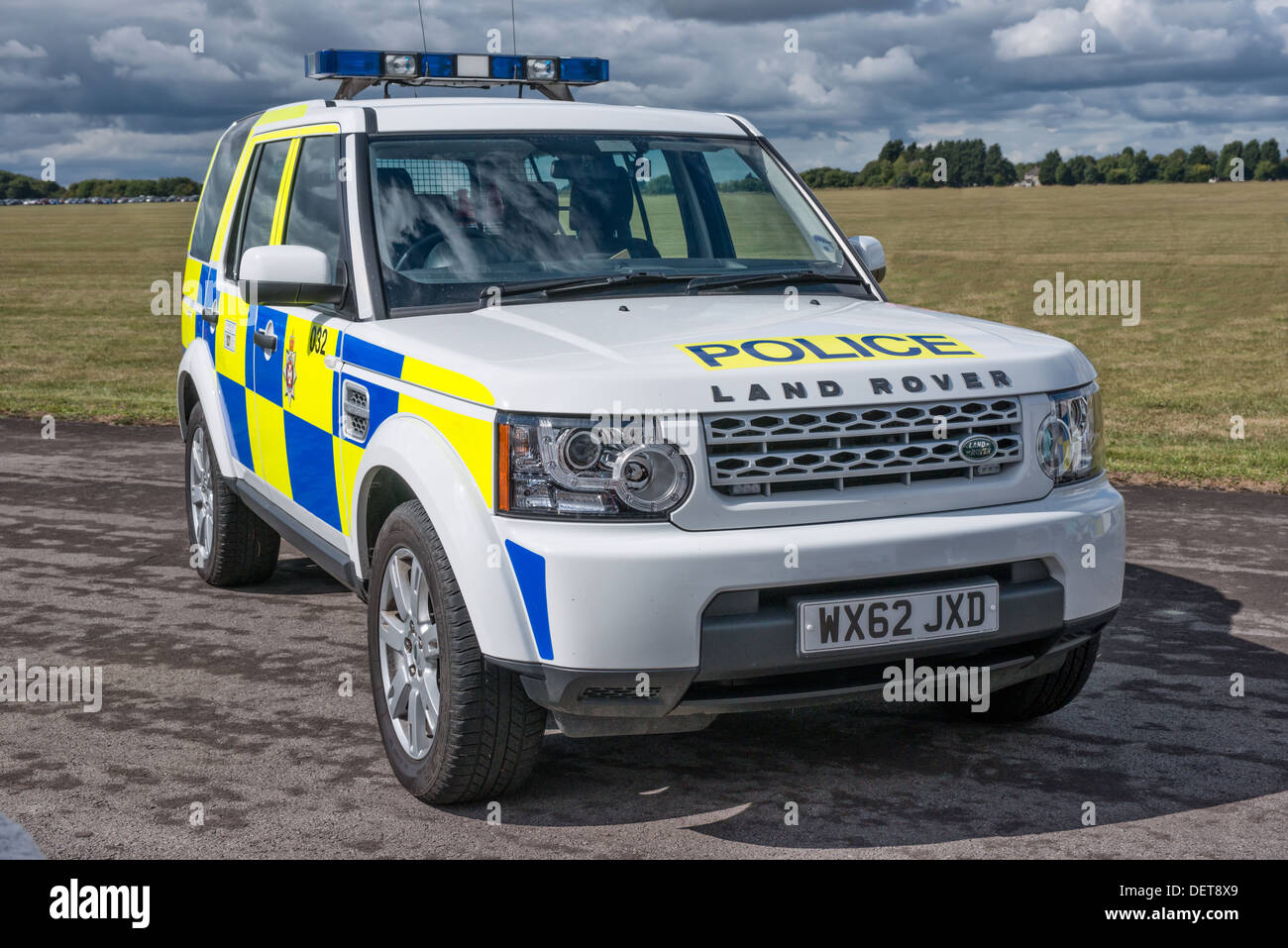 A wiltshire police land rover discovery uk stock image