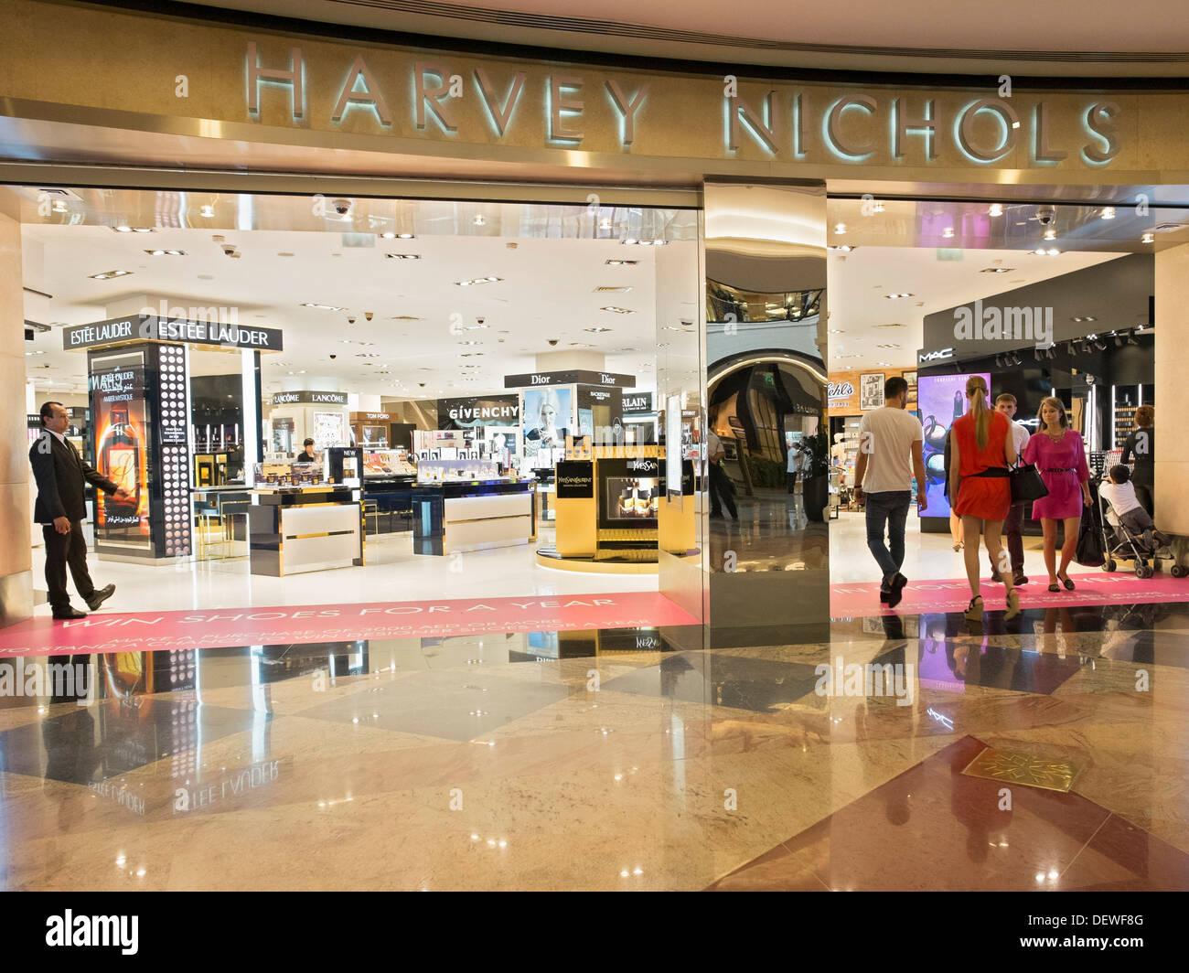 harvey nichols store at mall of the emirates shopping centre in dubai stock photo royalty free. Black Bedroom Furniture Sets. Home Design Ideas