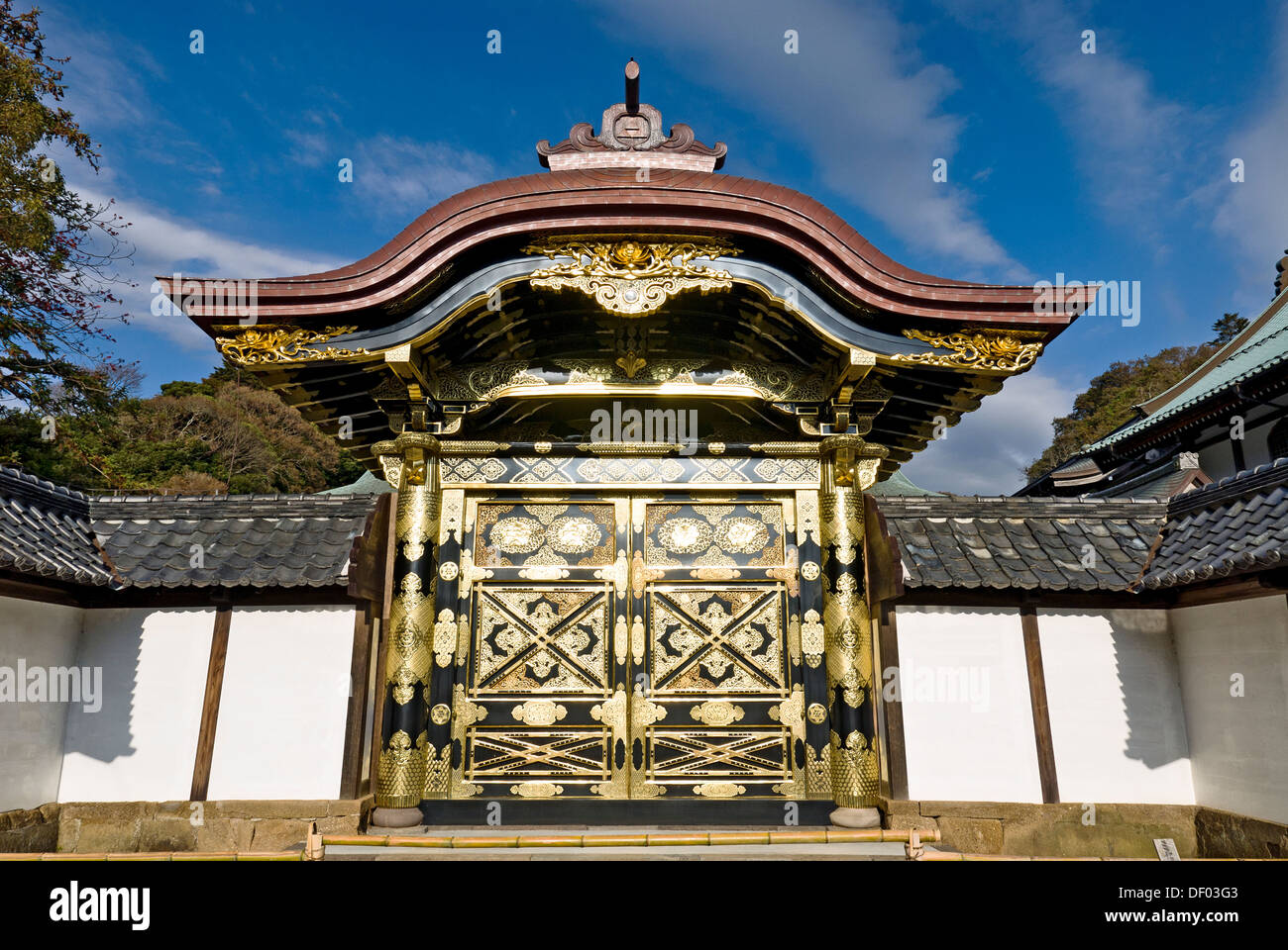 Kencho-ji Temple, Kamakura, Japan. Karamon (Chinese Gate Stock Photo, Royalty...
